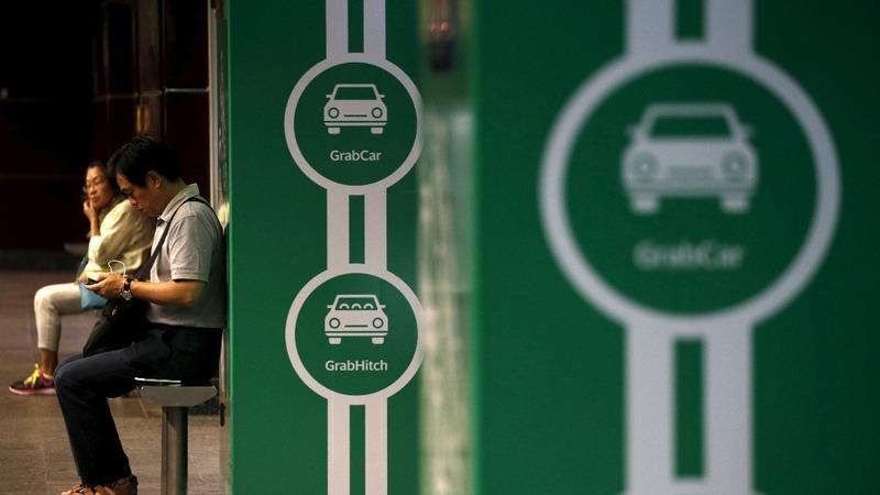 Hyundai invests in ride-hailing app Grab