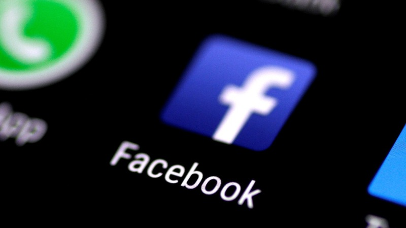 Facebook shares take a hit on News Feed switch