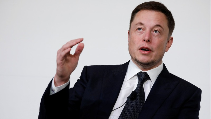 No pay for Musk unless Tesla hits milestones