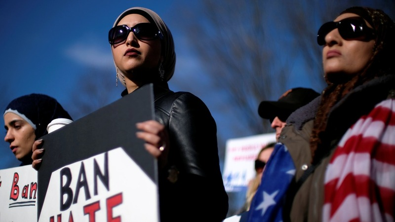 Protesters rally against Trump travel ban