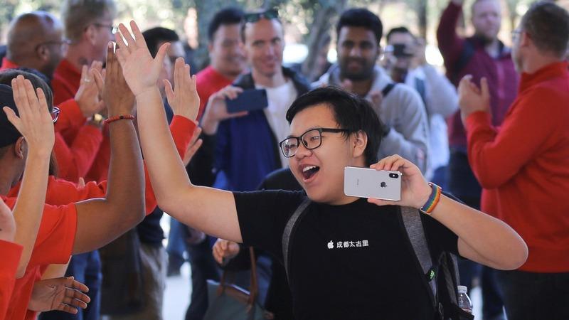 Apple shares dip on iPhone X worries