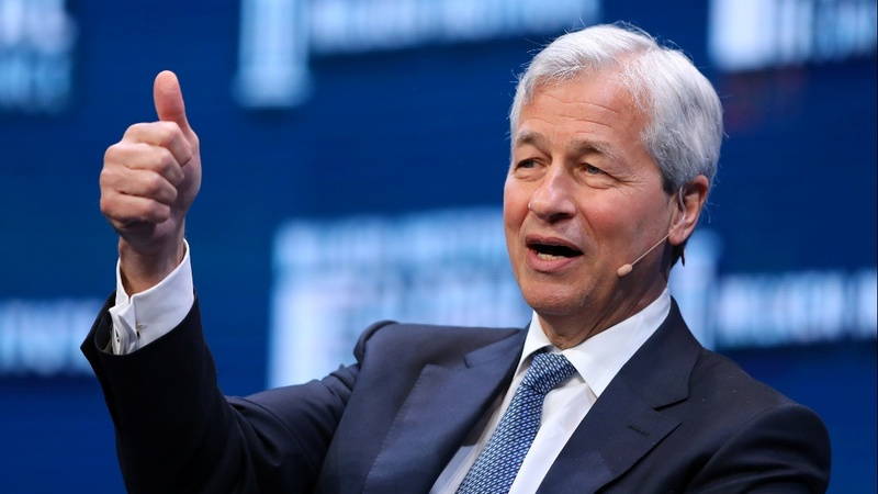 Dimon signs on for another five years atop JPMorgan