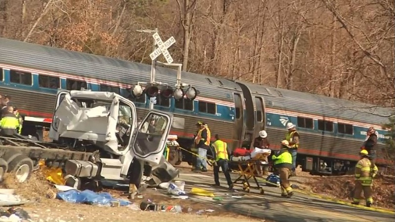 Train carrying Republican lawmakers collides with truck