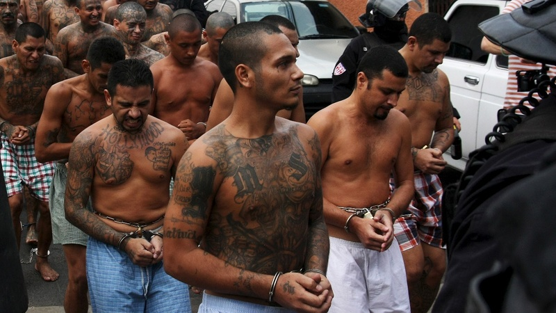 Trump's focus on MS-13 gang deepens immigration impasse