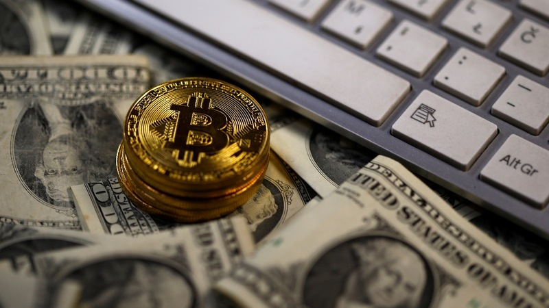 U.S. regulators warn of cryptocurrency risks