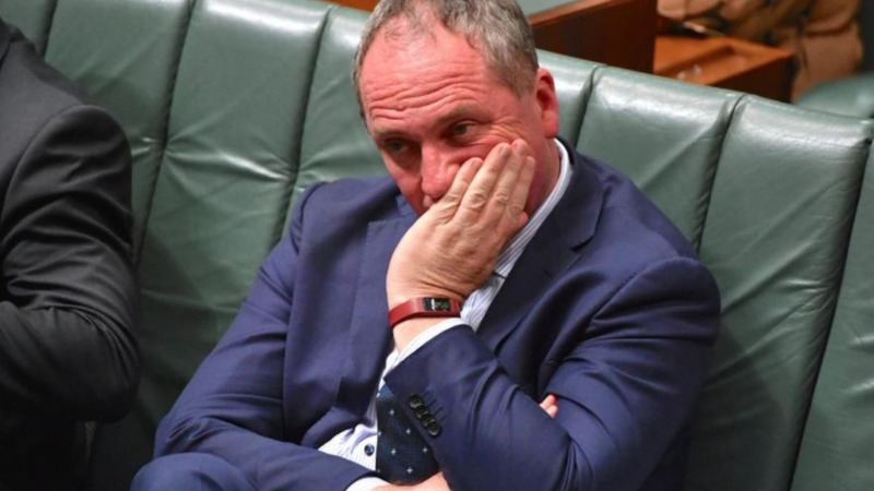 Australia PM bans sex between ministers and staff