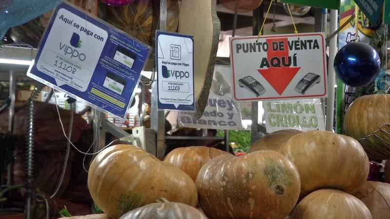 Cash-scarce Venezuela sees boom in payment apps