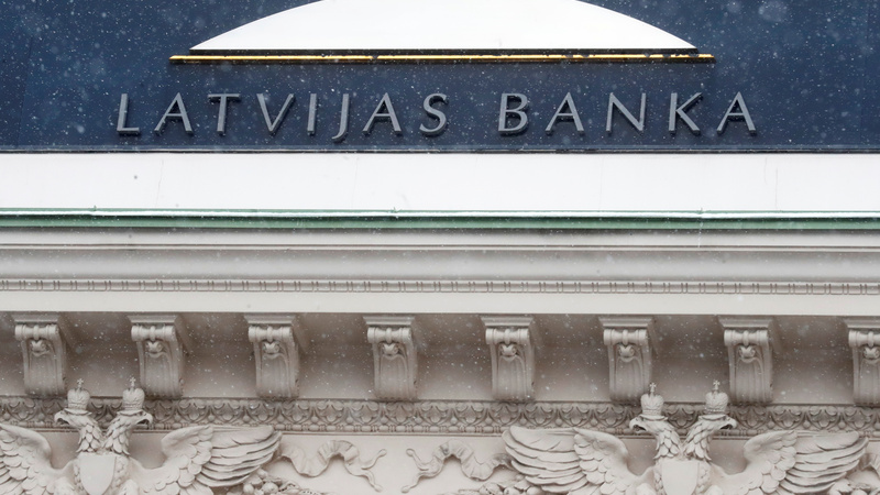 Latvian PM says central bank chief should resign