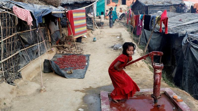 Rohingya refugees test Bangladesh's welcome