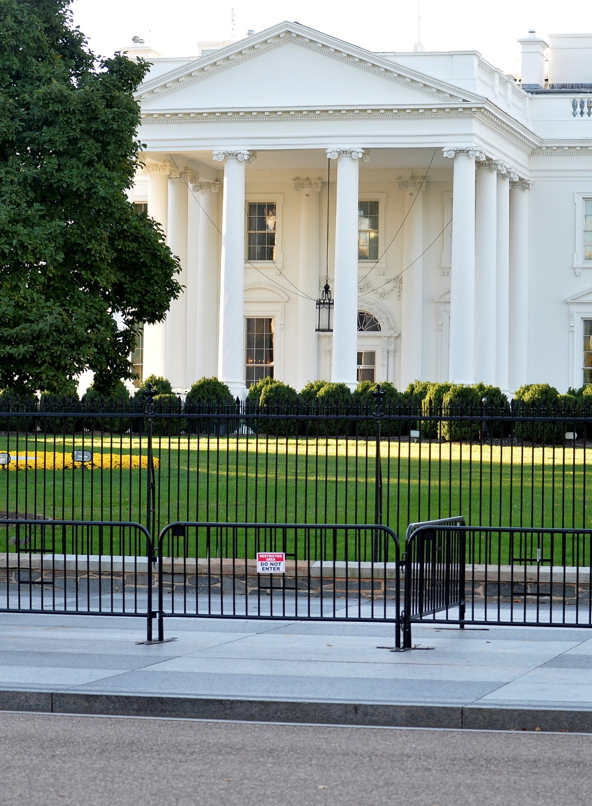 Man Dead After Shooting Himself Near White House