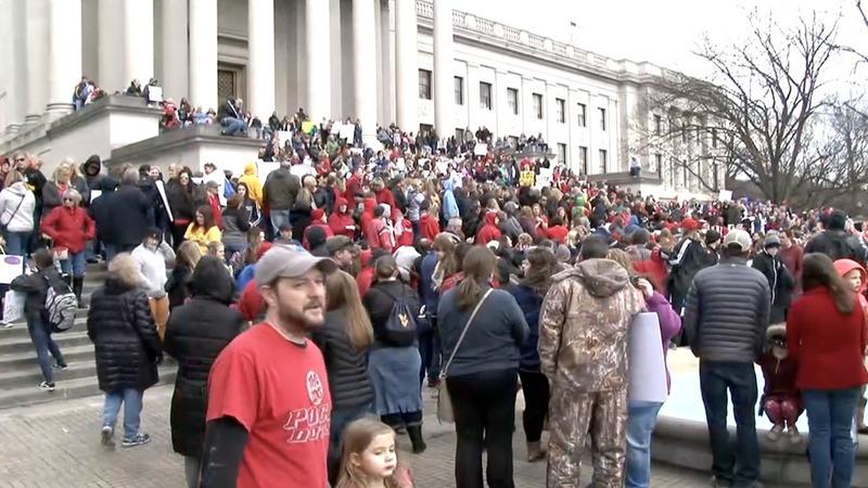 West Virginia teachers strike to go on over pay raise impasse