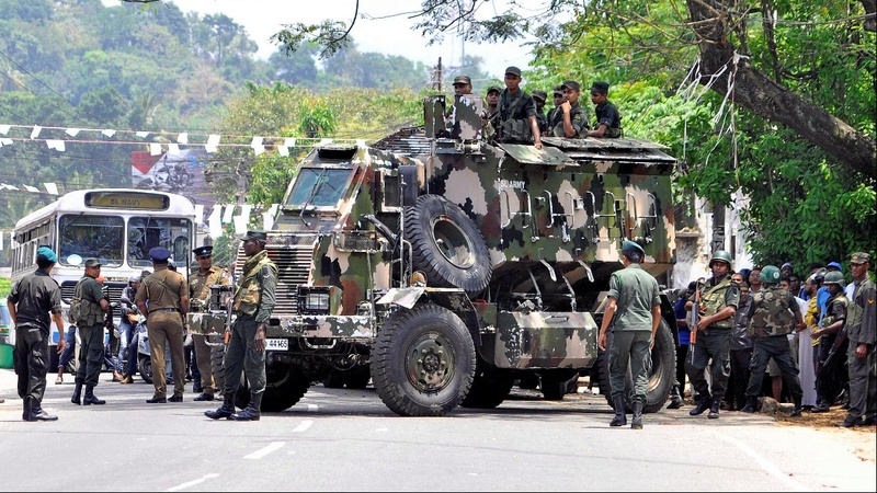 Military lockdown after clashes in Sri Lanka