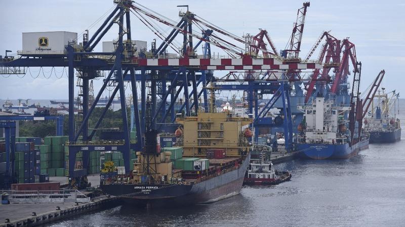 Nations scramble to sidestep Trump's metal tariffs