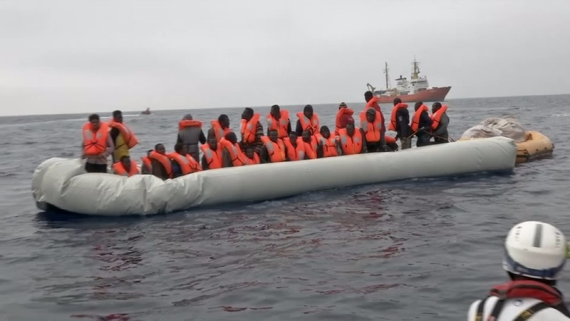 INSIGHT:Hundreds of migrants rescued in the Med