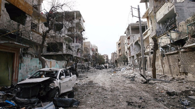 Syrian army splinters rebel-held Eastern Ghouta