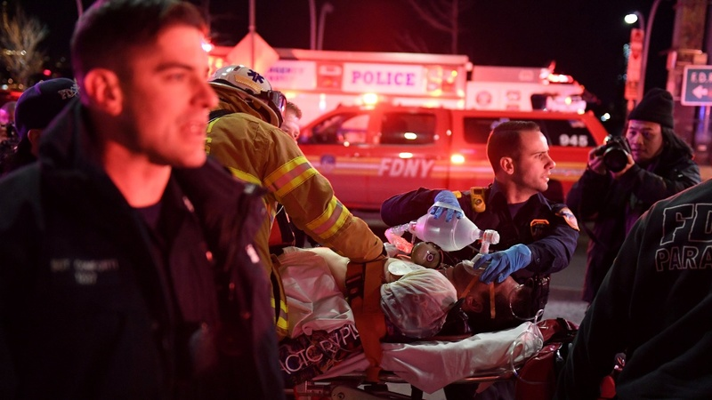 Five people killed in New York City helicopter crash