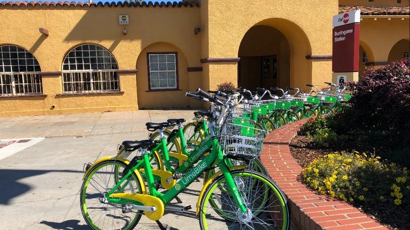 The billion dollar bike-sharing race hits the U.S.