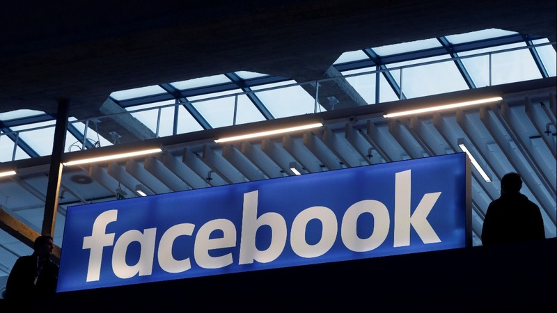 Facebook suspends Trump-linked data firm