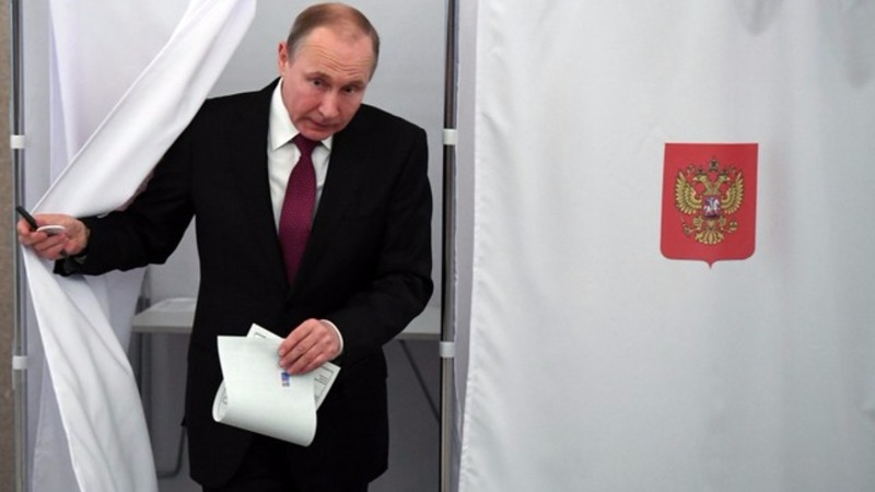 Putin victory could be marred by low turnout