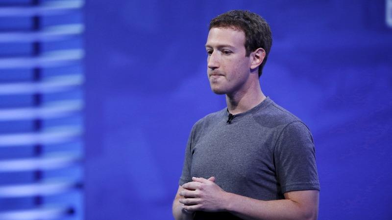 Zuckerberg says 'sorry' over data breach
