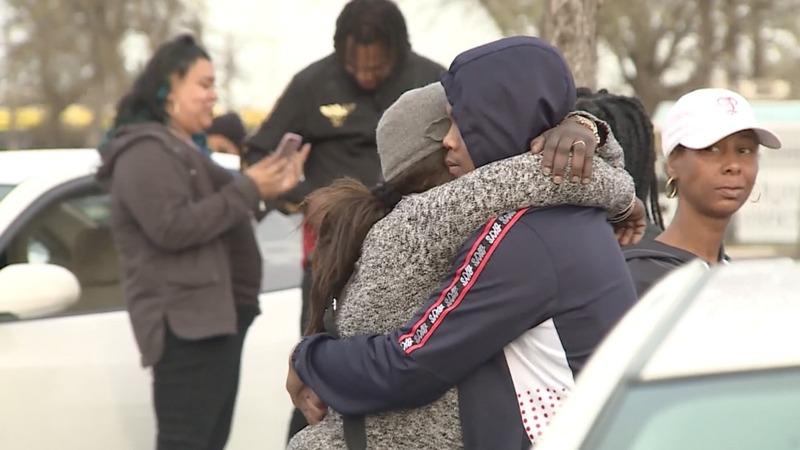 Sacramento police fatally shoot unarmed black man 20 times