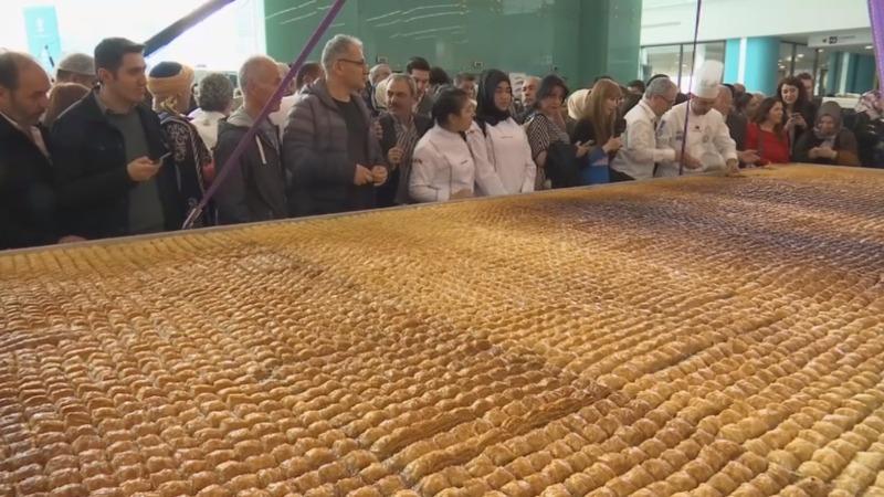 INSIGHT: Turkish chefs create world record baklava