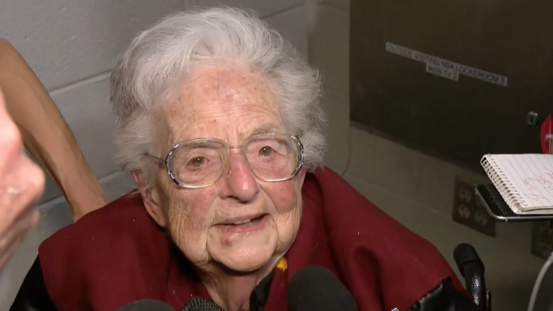 'Divine' Madness: Sister Jean is sweetheart of NCAA tourney