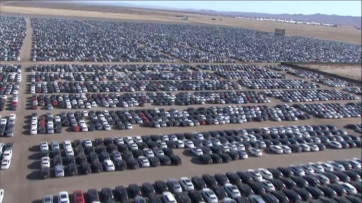 Vw Buyback Program >> What A Massive Volkswagen Buyback Looks Like Reuters Tv