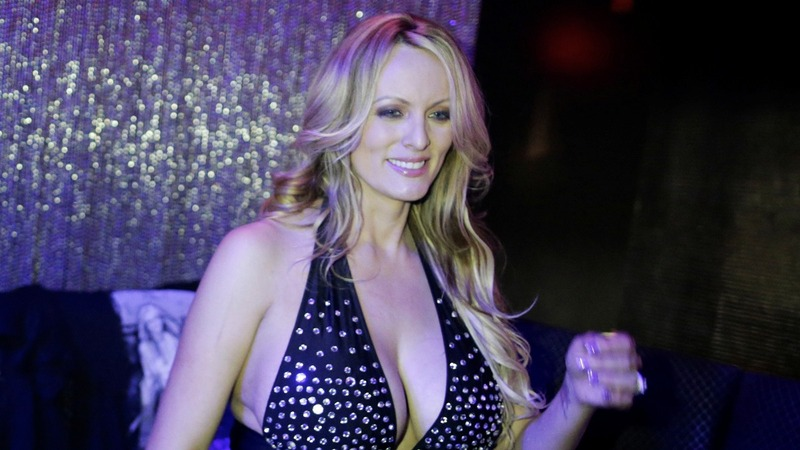 Trump lawyer seeks private arbitration in Stormy Daniels case