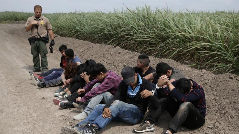 Migrants at U.S.-Mexico border unfazed by Trump