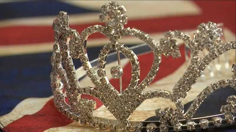 Royal family 'superfan' prepares for upcoming wedding