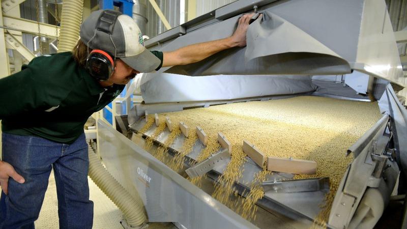 China tariffs bring fear to U.S. farmers