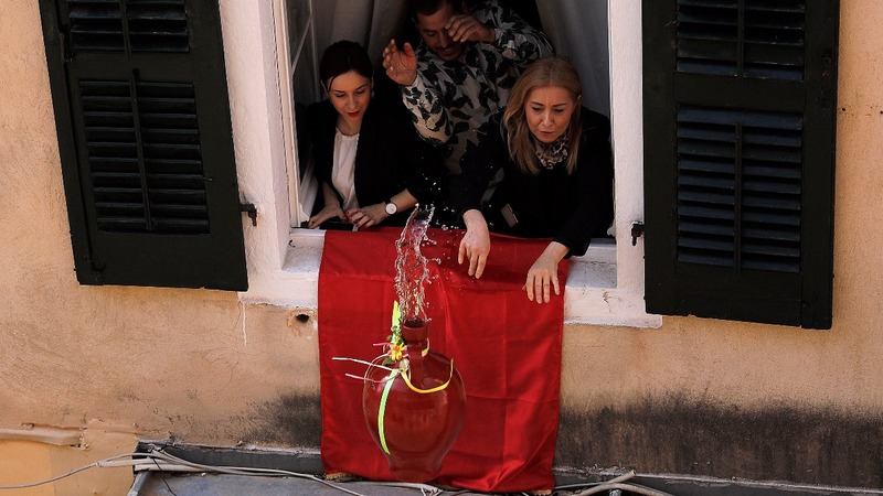 INSIGHT: Greek Easter tradition is a smash
