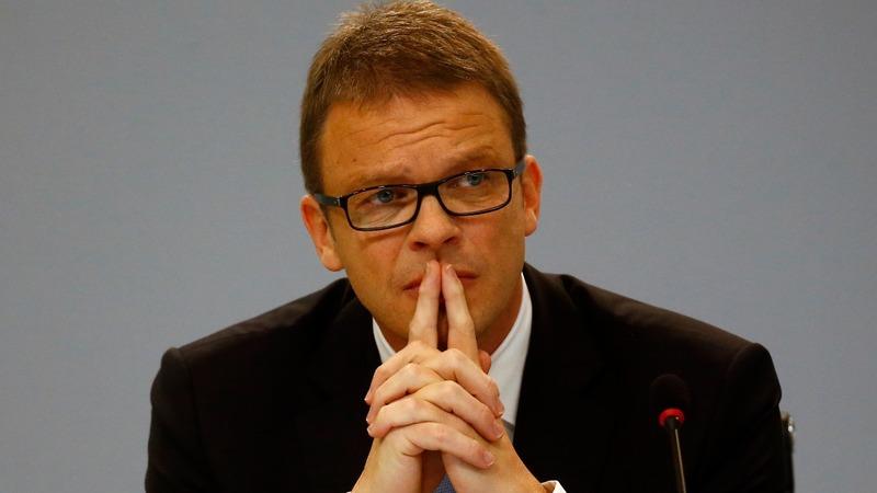 Deutsche Bank's new boss comes in fighting