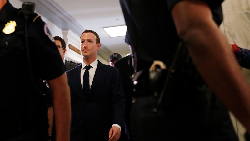Zuckerberg pushes back against more data control