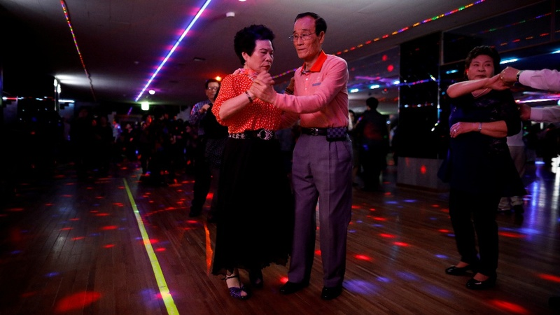 South Korean elderly find fun in daytime discos