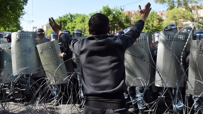 Police detain protest leaders in Armenia