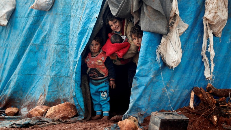 Fears Idlib attacks leave Syrians with nowhere to run
