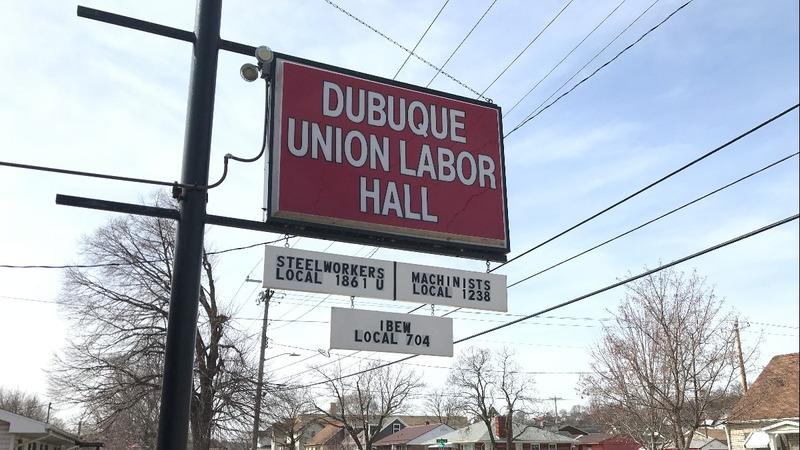 Democrats fight to win back the union vote