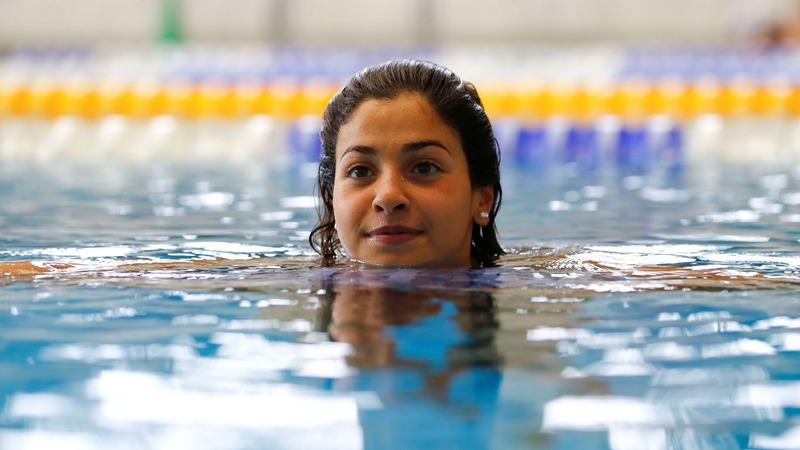 Syrian refugee splashes into stardom