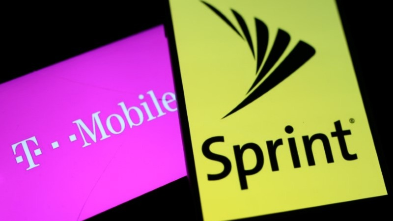 Sprint and T-Mobile agree to a $26 billion merger
