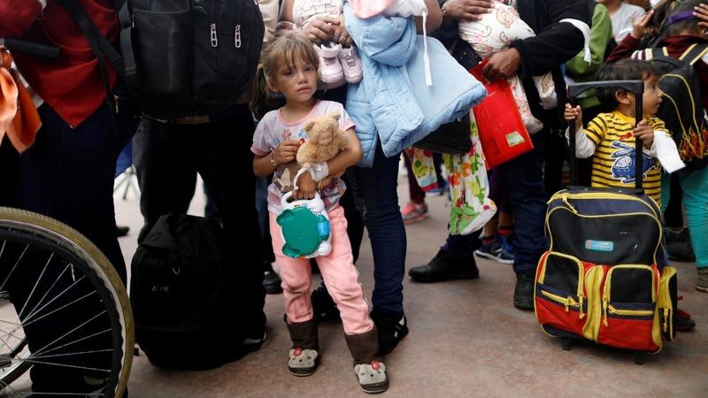 Migrant 'caravan' in limbo at US border