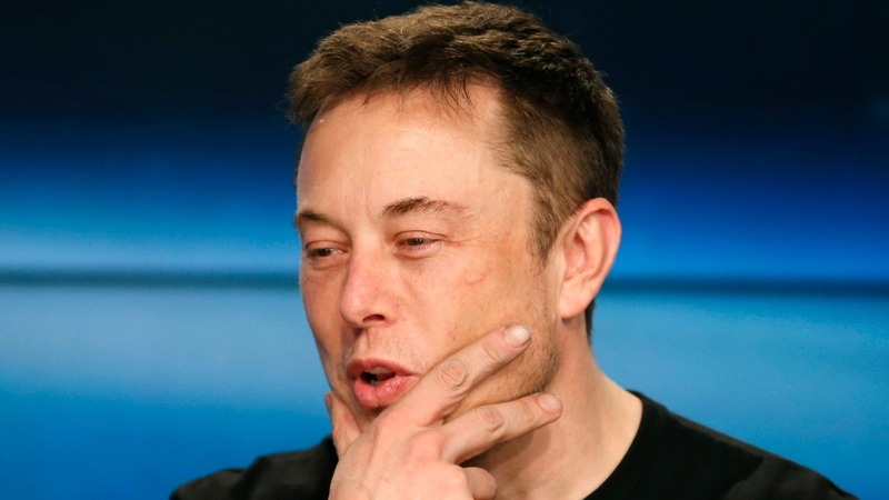 Elon Musk rethinks 'bonehead' call as 'foolish'