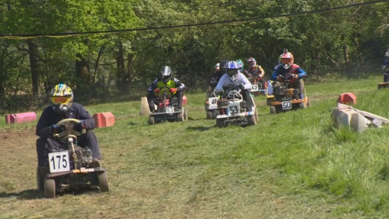 INSIGHT: 'Lawn' to be wild: mower racers compete