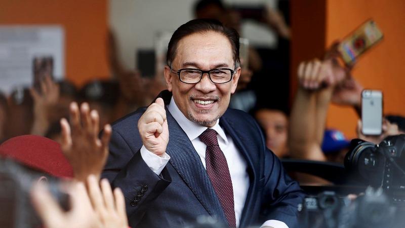 Malaysia's Anwar Ibrahim receives a full pardon