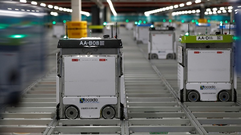 Kroger recruits Ocado's robot army