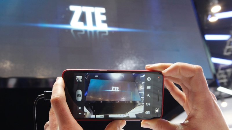 U.S., China near deal lifting sales ban on ZTE
