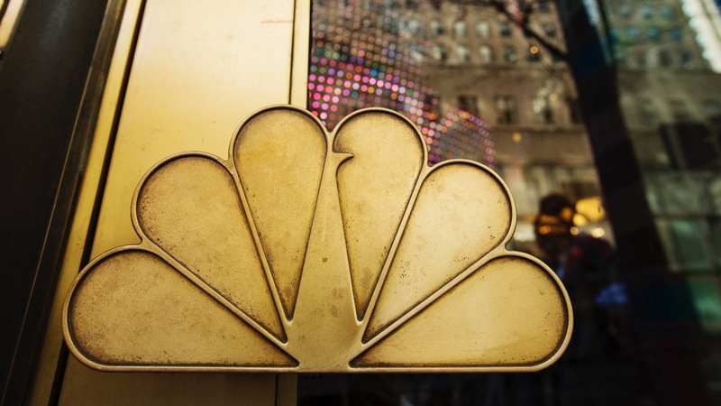 Comcast prepares to top Disney's $50 billion bid for Fox
