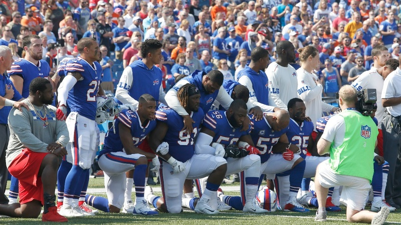 NFL to fine teams if players kneel during anthem