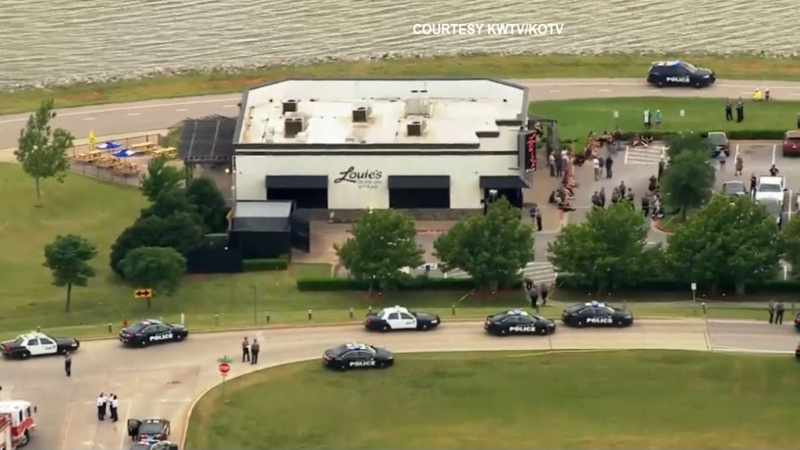 Armed passerby shoots restaurant gunman in Oklahoma